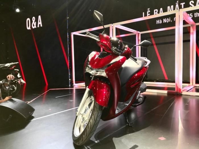 Bảng giá xe máy Honda tháng 10/2020: Honda SH 2020 tăng mạnh, mức giá dao động 70,99 - 95,99 triệu đồng - Hình 1