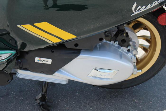 Đánh giá Vespa Sprint Racing Sixties 150, đối thủ của Honda SH 150i - Hình 4