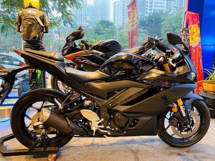 Honda CBR250RR 2021, Yamaha R3, Yamaha R3 2020